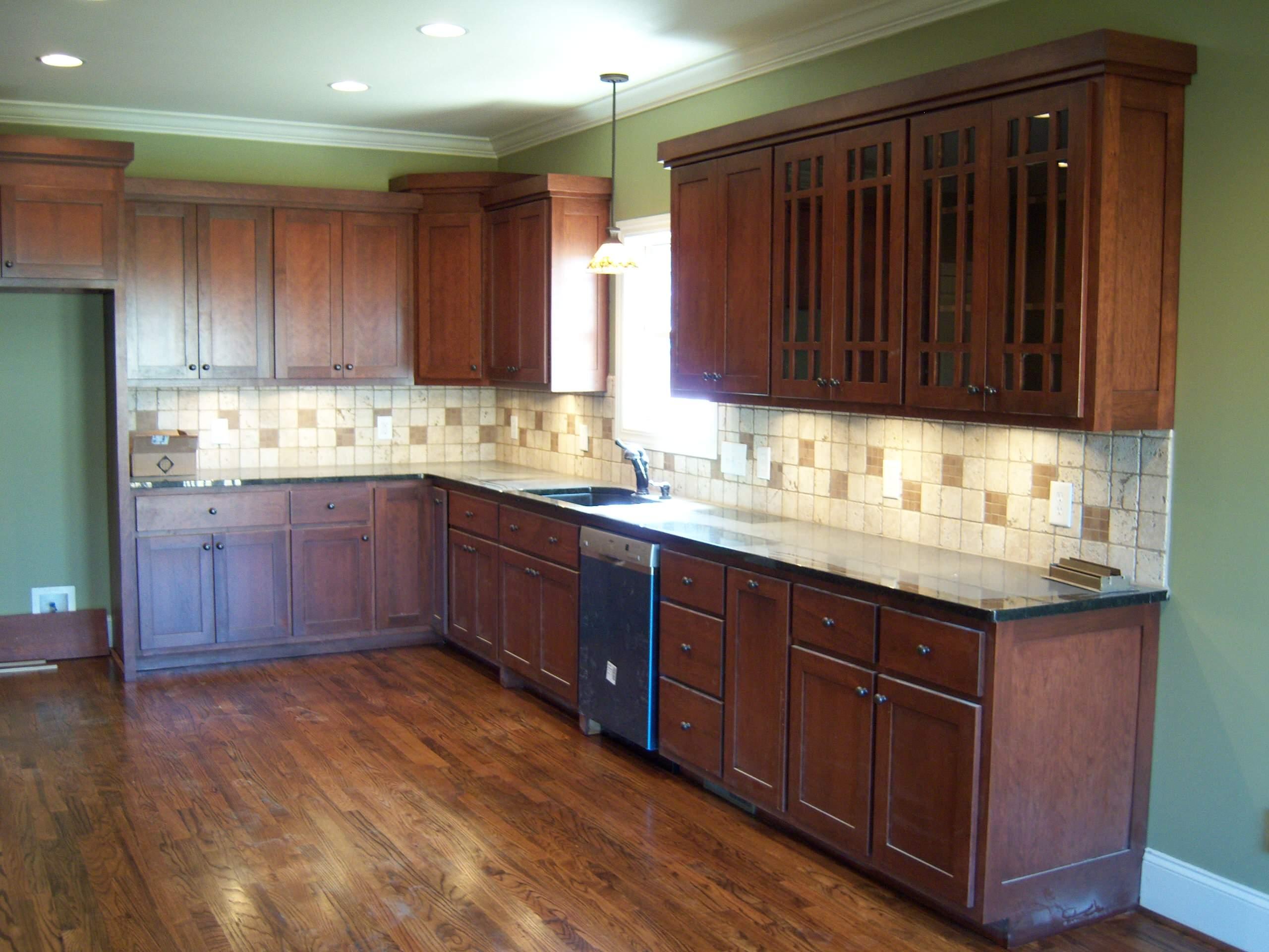 14x26 Shaker Style Kitchen