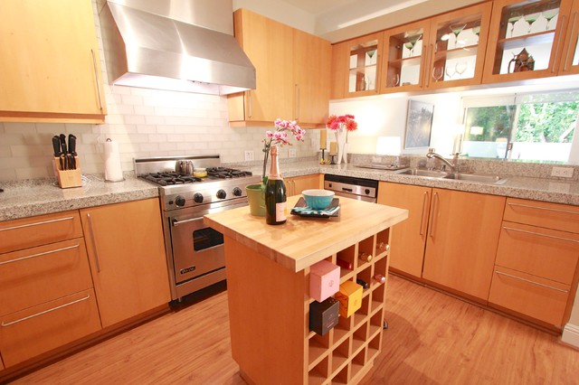 1551 Greenfield Ave #104 Sale contemporary-kitchen
