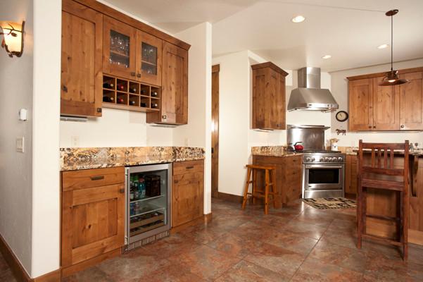 16 Fletcher Court traditional-kitchen