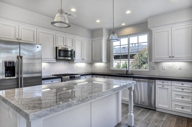164 Flower Street Costa Mesa Traditional Kitchen Orange County By Mastercraft Residential