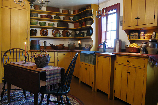 1720s Maine House traditional-kitchen
