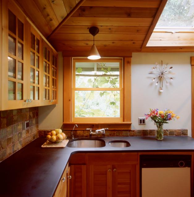 18th Kitchen traditional-kitchen