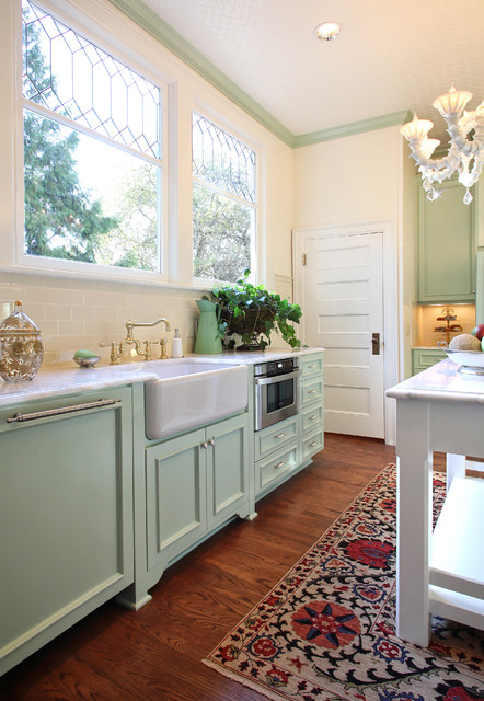 Kitchen remodel costs 3 budgets 3 kitchens traditional kitchen by garrison hullinger interior design inc solutioingenieria Image collections
