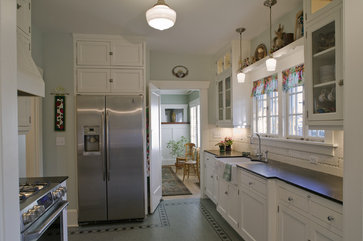 1907 Airplane Bungalow  kitchen by Portland design-build Craftsman Design and Renovation - Housekaboodle