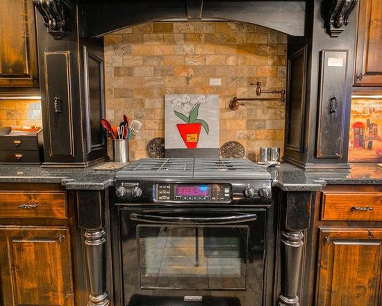Rustic 1910 kitchen home design photos decor ideas for Home decor 1910