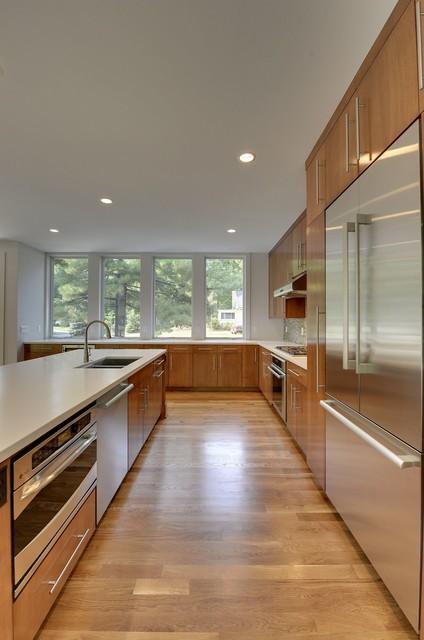 19100 Rutledge Road, Deephaven, MN contemporary-kitchen