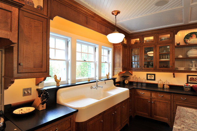 1915 Colonial Revival Addition Traditional Kitchen New York Home Decor