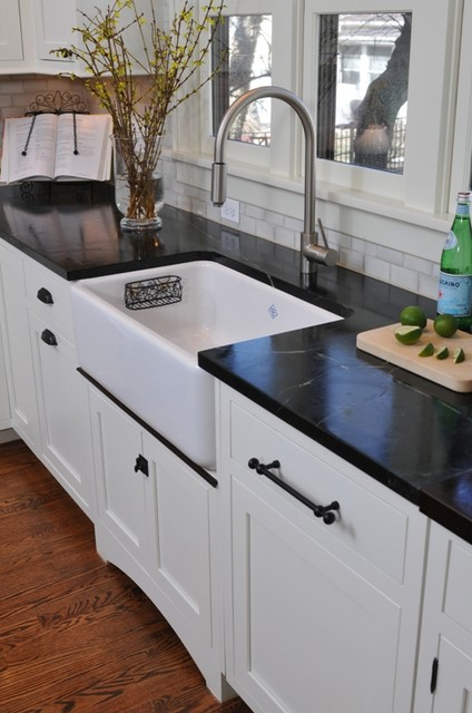Bungalow Kitchen - Traditional - Kitchen - chicago - by The Kitchen ...