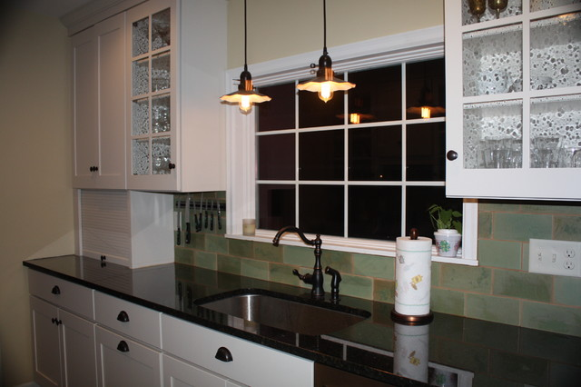 1920 39 s farmhouse kitchen remodel traditional kitchen for 1920s style kitchen cabinets