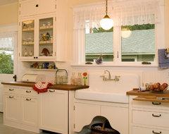 1920's Historic Kitchen traditional-kitchen