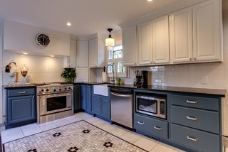1920 39 S House In Belmont Area Traditional Kitchen Nashville By Terri Sears Kitchen And