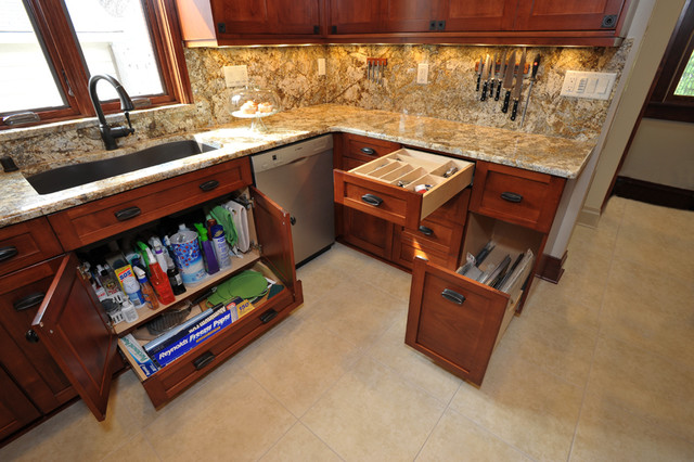 1920\'s Milwaukee Bungalow Kitchen Remodel - Traditional ...