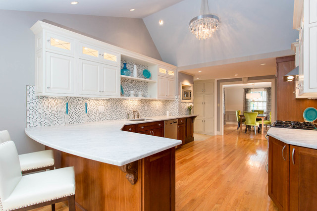 1930's Elegant Renovation traditional-kitchen