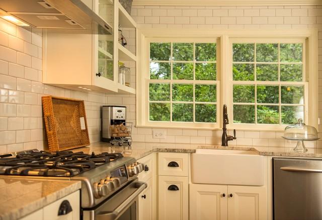 kitchen traditional kitchen idea in atlanta - 1940s Kitchen