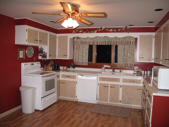 1960's Kitchen Spruce Up - Farmhouse - Kitchen - Columbus ...
