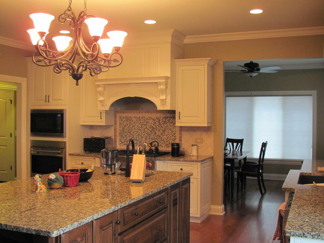 1st LEED Certified Home in Naperville, Illinois traditional-kitchen