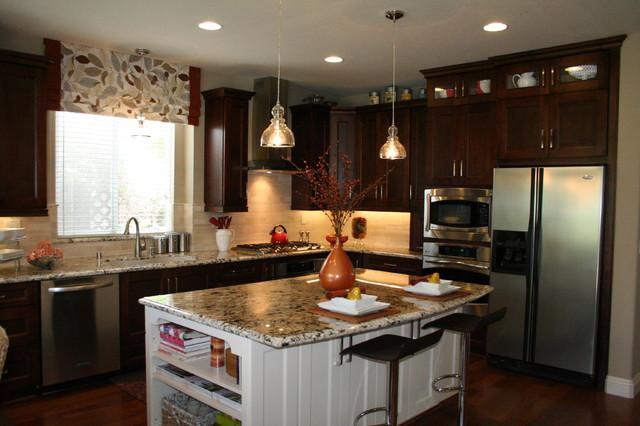 2 tone kitchen transitional-kitchen