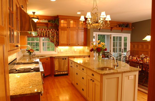 2003 Showcase Home traditional-kitchen