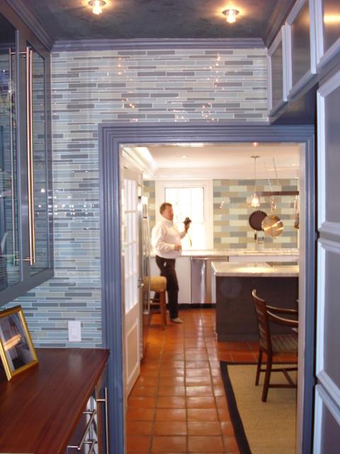 2008 designer show house modern-kitchen