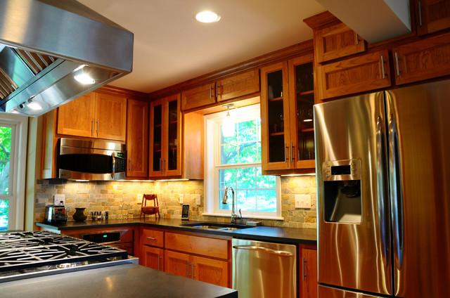 2011 Kitchen Renovation traditional-kitchen