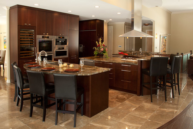 2012-4 traditional-kitchen