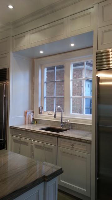 2012 back split house-North York, Ontario traditional-kitchen