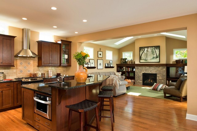 2012 Fall Showcase of Homes traditional-kitchen
