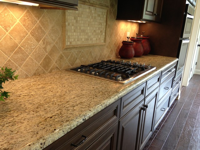2013 Parade Of Homes Traditional Kitchen Nashville By Knoxville 39 S Stone Interiors