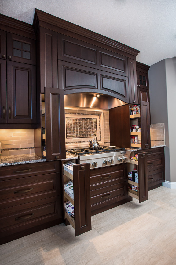 2014-1 - Traditional - Kitchen - Edmonton - by Towne ...