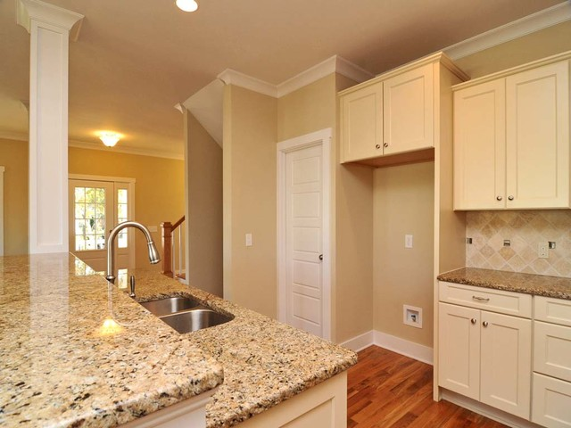 216 Marquesa Way, Kure Beach traditional kitchen