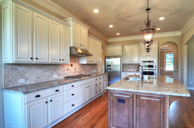 2216 Whiskery Drive traditional-kitchen