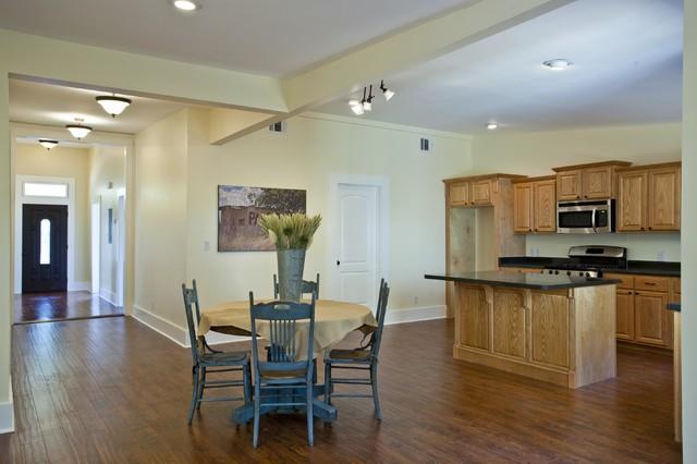 237 Keller San Antonio, TX 78210 traditional-kitchen