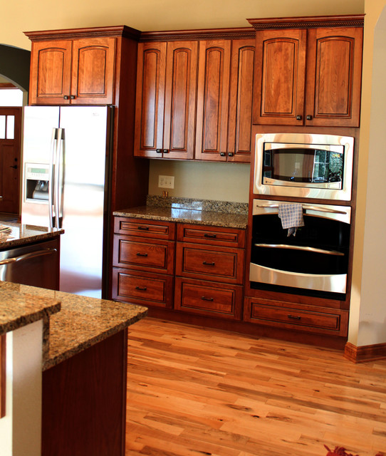 2697 Sq. Ft Ranch traditional-kitchen