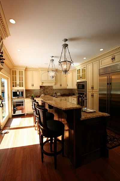 28 Rockland Rd Wellesly, Ma traditional-kitchen