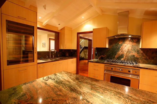 338 Barbara Avenue modern-kitchen