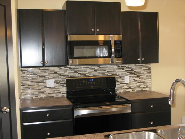 4 Bedroom Bi-Level modern-kitchen