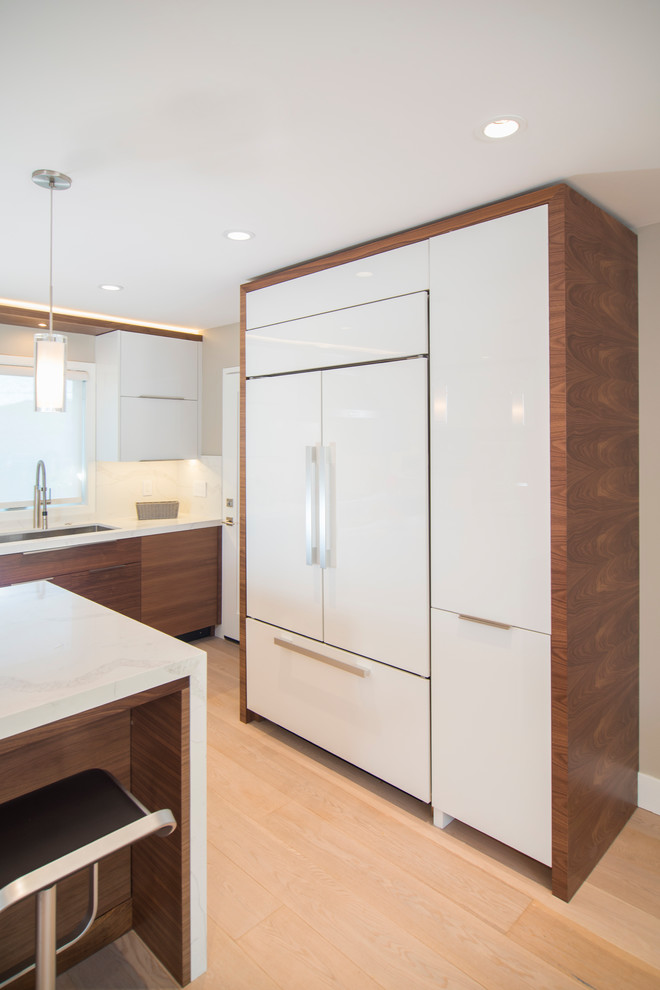 407 Michael Guthrie Co San Rafael 46250 Contemporary Kitchen San Francisco By Precision Cabinets