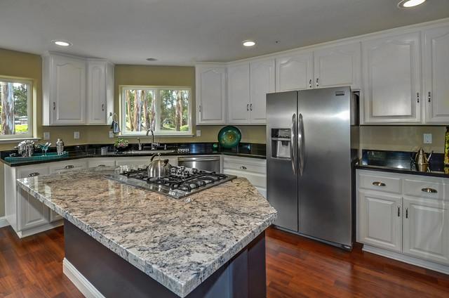 427 Belle Monti Court - For Sale kitchen