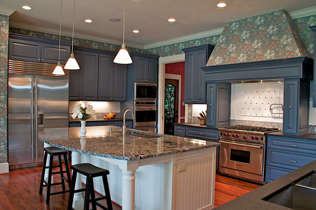 4311 Michaels Cove traditional-kitchen