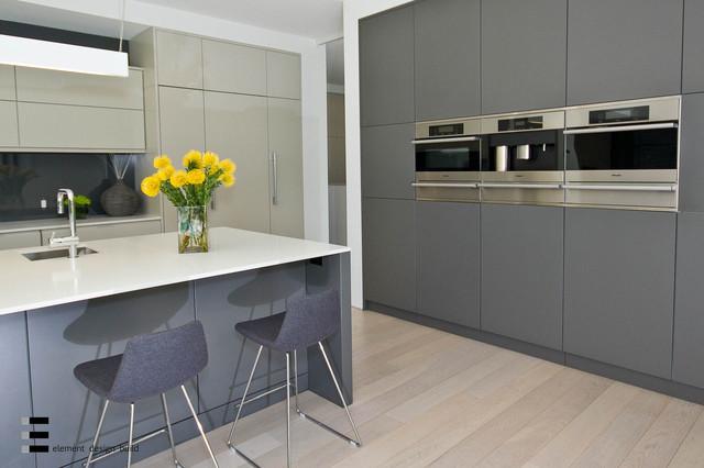 44 Belvedere Drive modern-kitchen