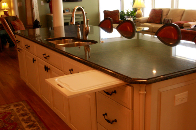 Pull Out Cutting Board in Kitchen Island - Traditional ...