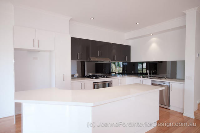 5 Townhouse Project Glenview Road Doncaster Contemporary Kitchen Melbourne By Joanna