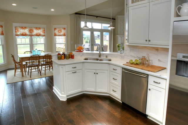 5213 Pebble Creek Place traditional-kitchen