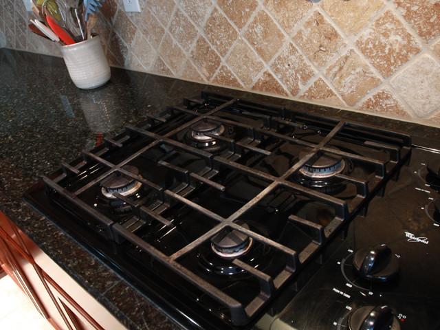 5433 Turkey Oak Dr, Mint Hill NC 28227 traditional-kitchen