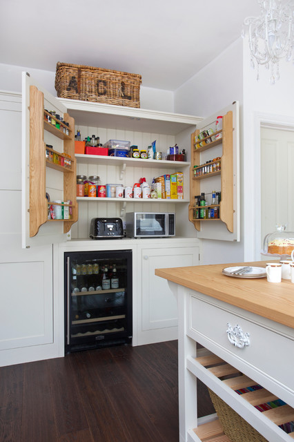 No 88 West London Semi Detached House Country Kitchen