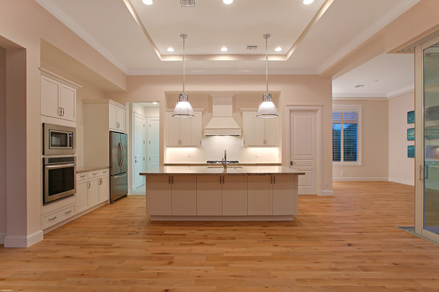 624 SE 5th St. beach-style-kitchen