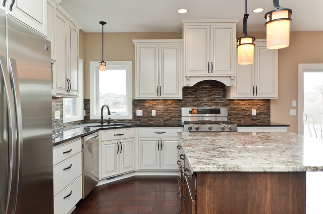 6899 Thames Beautiful New Construction traditional-kitchen