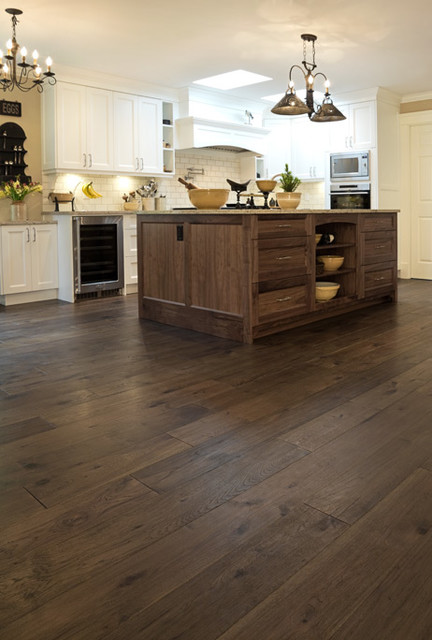 7 cantabria colour castillo plank collection hickory for Hardwood floor dealers