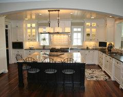 712 W. Bauer traditional-kitchen