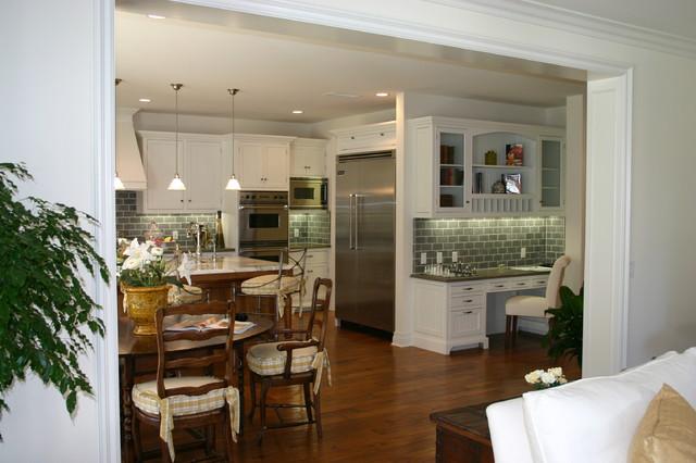 90049 - Structure Home Client's Custom Home farmhouse-kitchen